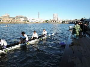 新艇の進水